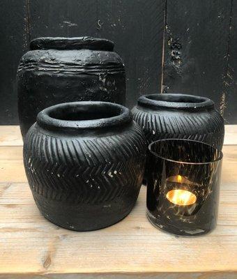 Zwarte keramieken potten in de maten S en L