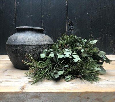 oude stenen pot