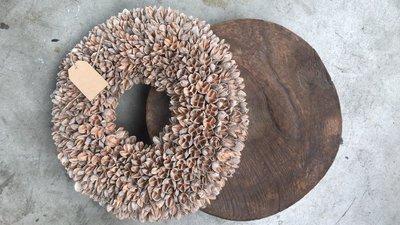 Rond houten plateau op pootjes